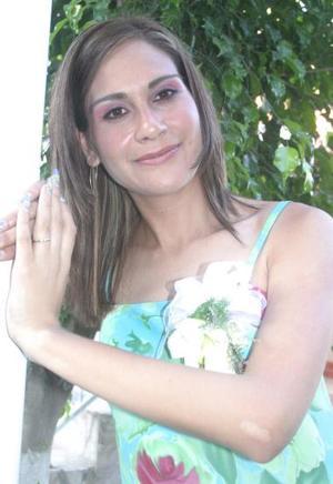 Karina Guadalupe González Villa disfrutó de una despedida de soltera, con motivo de su próxima boda con Alejandro Olivares Enciso.