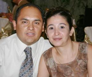 <u><i> 29 de julio </u></i><p>   Alan Estrada Castillo y Claudia de Estrada.
