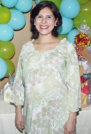 <u><i> 30 de julio </u></i><p>   Martha Angélicas San Juan de García recibió sinceras felicictaciones, en la fiesta de regalos que se le ofreció en días pasados.