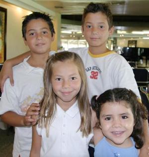 David, Javier y Luisa Orduña y Andrea Sandoval.