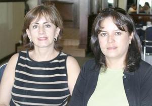 Cecilia de Alducín y Lilia de Sánchez.