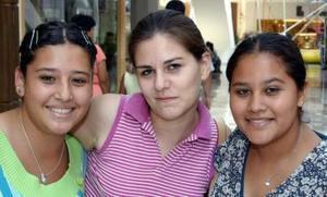 Barbara, Claudia y Adriana.