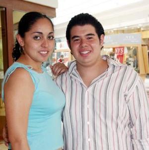Lizbeth Macías y Fernando Gutiérrez.