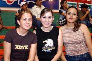 Dely Gallegos, Carmen Luna y Martha Pamanes.