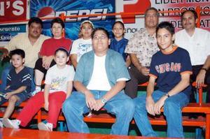 Familia Villa Salas y Familia Favela Juárez, Andrés y Abelardo Rodríguez.
