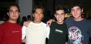 Adrian Castañeda, Isidro Villegas, Fernando Herrera y Rubén Martínez.
