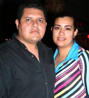 Juan Manuel Sánchez y Cristina Cerón.