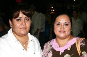 Martha Elba y Arlette Rodríguez.