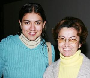 Cony Caldera y Susy Rayos.