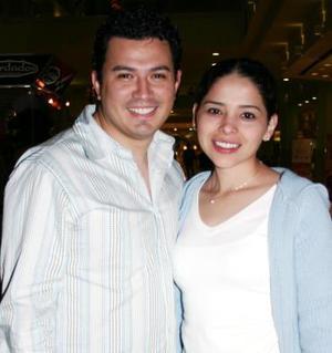 Dra. Claudia Bollaín y Dr. Carlos Caballero.
