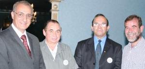 Nicolás Zarzar, Seegio Serafín del Bosque, Enrique Ruiz Castro y Manuel Velasco, asistentes al cambio de mesa directiva del club Pioneros de La  Laguna.