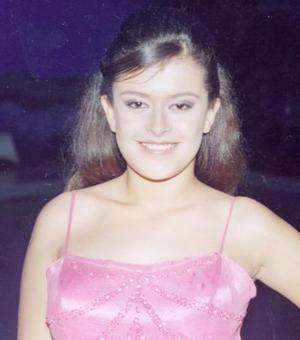Brenda Stefany Díaz Rivas, Hija de los señores Daniel Díaz y Lety Rivas de Síaz y Lety Rivas, festejó con un agradable convivio sus quince años el pasado 24 julio.