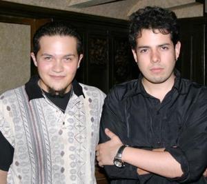 Gualo García y 'Sherek'.