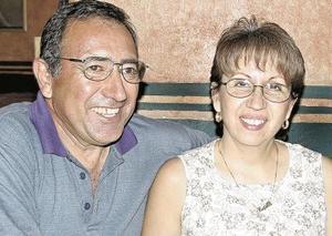 <u><i> 01 de Agosto </u></i><p>  Vidal  y Lupita Sánchez.