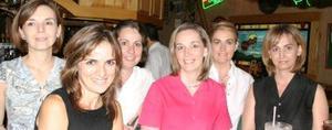 María Luisa Marroquín, Ana Isabel reñero, Loly Reñero, Marga Menéndez, Frida González y Eugenia Reñero.