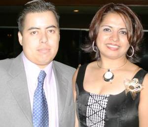 Mario Castillo y Sandra Castañón.
