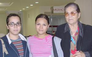 Denisse Hinojosa, Karen Castillo y Micaela de Hinojosa viajaron a Puerto Vallarta