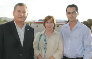 <u><i> 04 de Agosto </u></i><p>  Román Cepeda, María Luisa Huerta y Eneique Galindo.