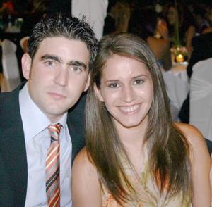 Carlos Finck y Karla Martínez.