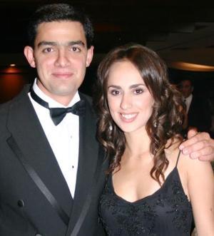 <u><i> 04 Agosto de 2004 </u></i><p>  Nessim Issa y Nancy Perella.