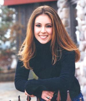 Jessica Voorhis, es hija de los señores George y Patricia García de Voorhis, quienes actualmente radican en Mont Rose.