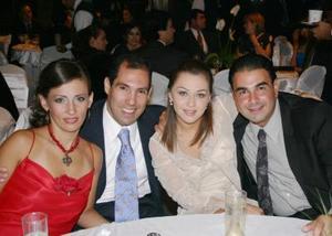 Liliana de Jacamán, Fernando Jacamán, Margarita Franch y Juan Franch.