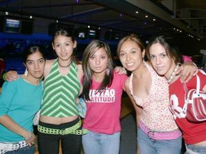 <u><i> 05 de Agosto </u></i><p> Valeria Robles, Mariana Fuentes, Stephanie Álvarez, Lariza Ibarra y Daniela Quezada.