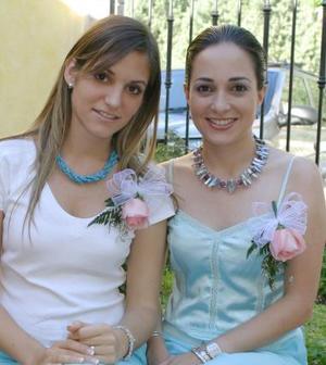 Laura de la Parra Covarrubias y Lucila Hernández García disfrutaron de una despedida de solteras, por sus respectivos enlaces.