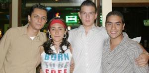 Ricardo Chávez, Jesús Parches Ramírez, Nayma Najhalí Máynez.