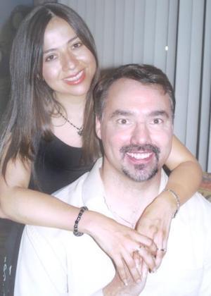 Rocío Acosta Rodríguez y Stephen Zupanc.
