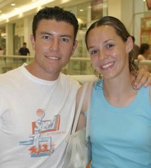 Christopher Rivas y María Rosa Portilla.