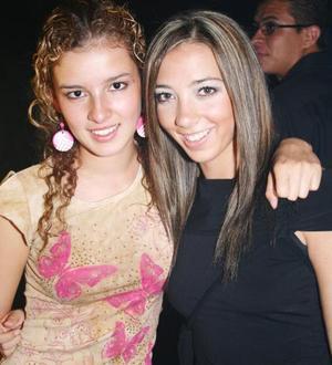 Mariana Alarcón y Renata Olivares
