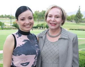 <u><i> 08 de Agosto </u></i><p>  Victoria Carrión y María del Rosario Ortiz.