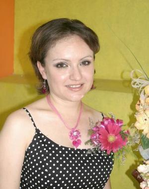 Nitzia Yamina Escobedo Mata disfrutó de un adespedida de soltera.