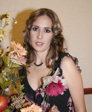 <u><i> 09 de Agosto </u></i><p>  Verónica Arizpe Wolff contraerá matrimonio con Antonio Valtierra Vázquez, el día 21.