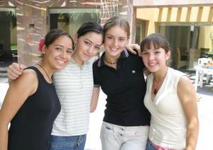 Nayeli Fernández, Lucía Ramos, Paulina Telee y Mari Pily Roel.