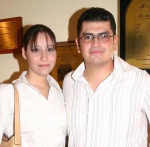 Élida A. Cortinas y José Andrés Cisneros.
