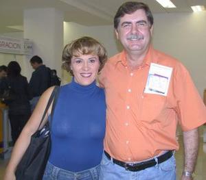 <u><i> 11 de Agosto </u></i><p>   Donato y Paty Gutiérrez.