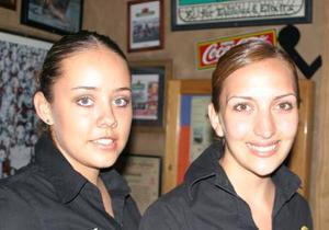 Lizeth Montfort y Claudia Manzanera.