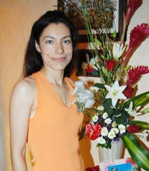 Norma Luz Vargas Cortés disfrutó de una despedida de soltera, en días pasados.