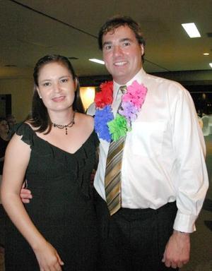 <u><i> 12 Agosto de 2004 </u></i><p>  Cecilia Larrañaga y Stan Zupanc.