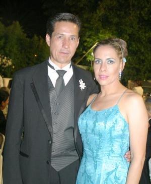 Alberto Allegre del Cueto y Juanny A. de Allegre.