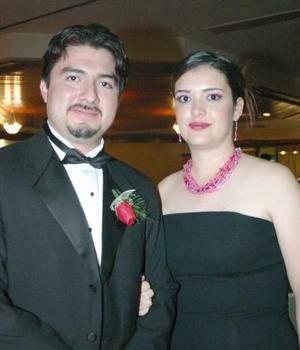 <u><i> 12 Agosto de 2004 </u></i><p>  Eduardo Acosta y Nadia de Acosta.