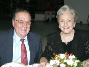 Enrique Luengo y Elena G. de Luengo.