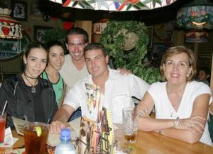 Toño Miñarro, Jean Miñarro, María Luisa Dingler, María Rosa Martínez y Ana Sofía Sofía Soltero.