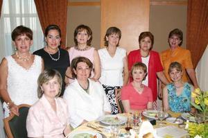 <u><i> 12 de Agosto </u></i><p>  Susy W. de Rodríguez, Luly V. de Berlanga, Margarita de Rivera, Chelo de Macías, Sylvia de Pérez, Gaby de Acosta, Cristy de Dávila, Tere Herrera, Gaby de García y Lupita de Rosas.