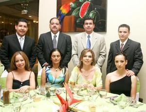 Alejandro  Bernal, Gaby de Bernal, Norberto Ramírez, Verónica Ramírez, Sergio Tijerina, Aurora de Tijerina, Mario Martínez y Alejandra de Martínez.