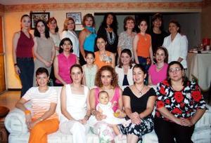<u><i> 13 de Agosto </u></i><p>  Norma Luz Vargas Coertés en compañía de algunas amistades, en su despedida de soltera.