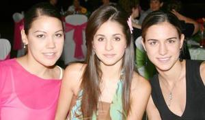 Luzma de Nahle, Sofía Pámanes y Daniela Murra.