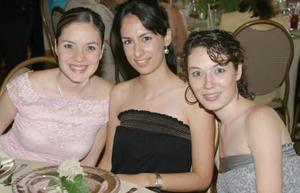 Margarita Hernández, Silvia González Hernández y Norma Hernández de González.